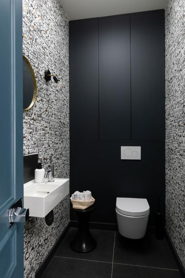 idée de peinture toilettes tendance noir