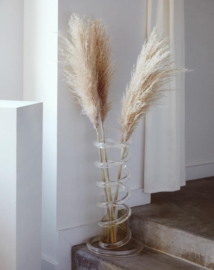 intérieur déco avec herbe de la pampa