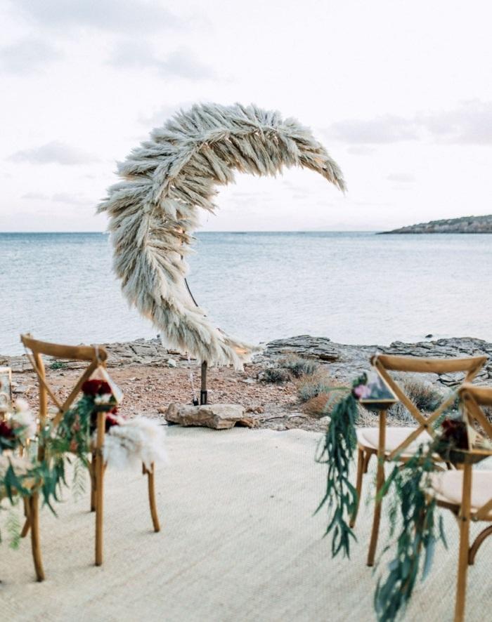 mariage au bord de la mer déco avec herbe de la pampa