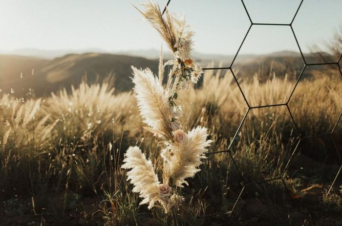mariage magnifique déco avec herbe de la pampa