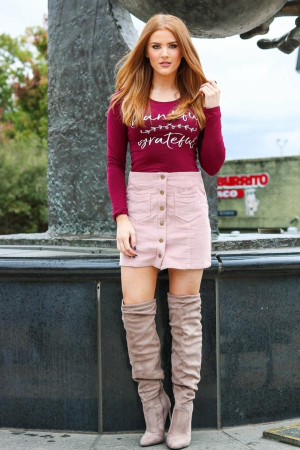 mode femme jupe courte boutons velours côtelé rose poudré