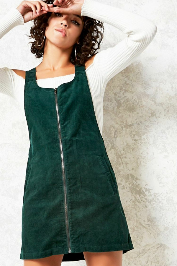 mode femme salopette vert émeraude velours côtelé blouse blanche