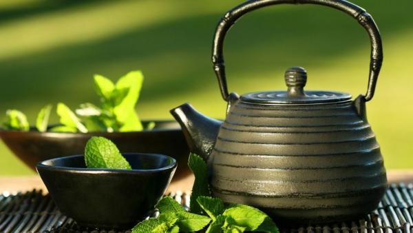 thé à éviter de boire menthe poivrée