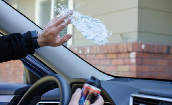 utilisation crème à raser nettoyage pare-brise voiture effet anti-brume