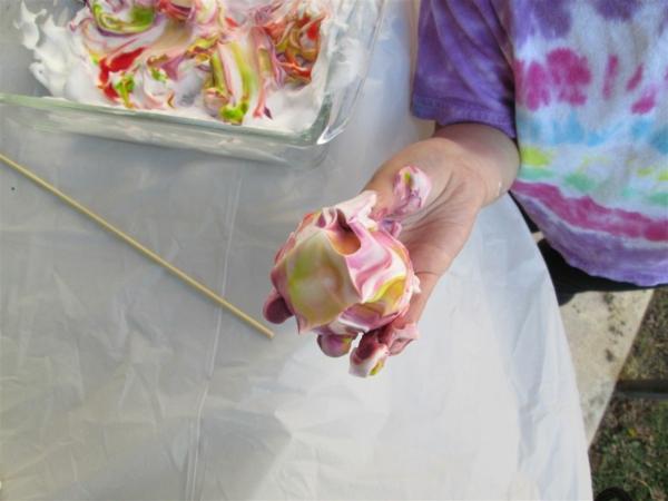 utilisation crème à raser peinture diy pour enfants
