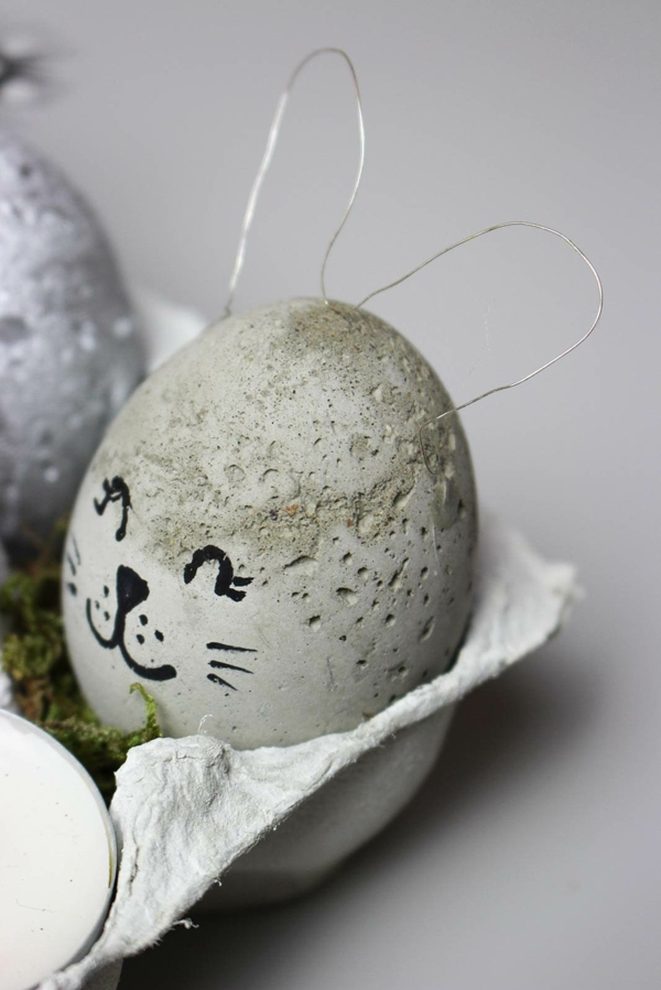 Comment faire des œufs de Pâques décoratifs en béton déco fil métallique marqueur permanent noir