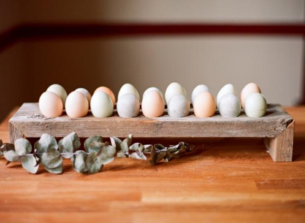 Comment faire des œufs de Pâques décoratifs en béton déco pâques