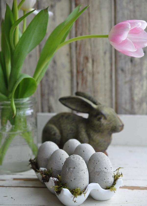 Comment faire des œufs de Pâques décoratifs en béton pour décorer le salon