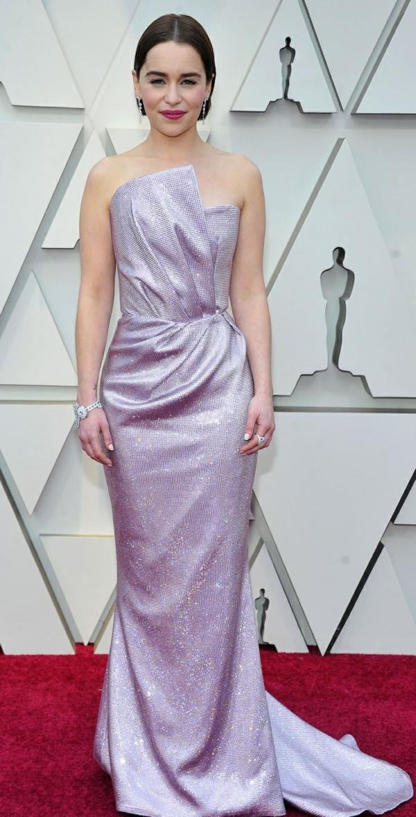 Emilia Clarke lors du photocall des arrivées de la 91ème cérémonie des Oscars 2019