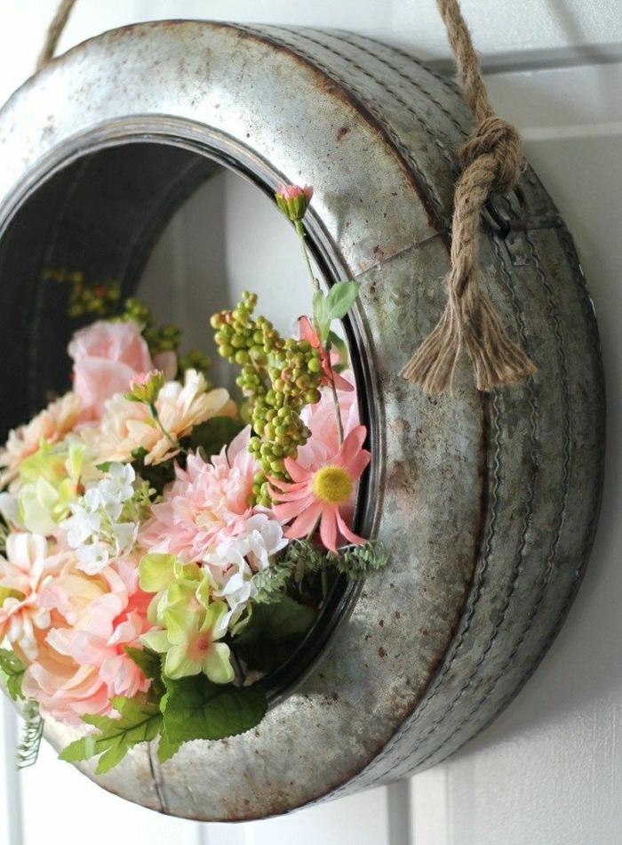 activité manuelle printemps déco porte d'entrée florale couronne diy