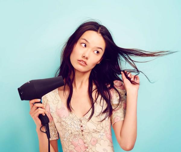 améliorer solidité cheveux sécher les cheveux
