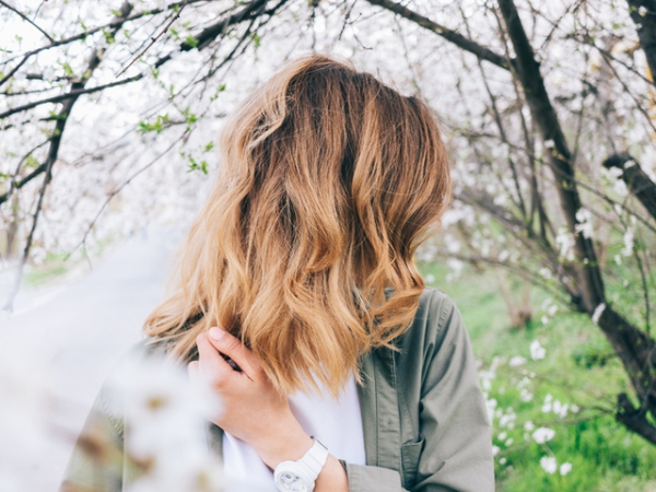 améliorer solidité cheveux solides et résistants