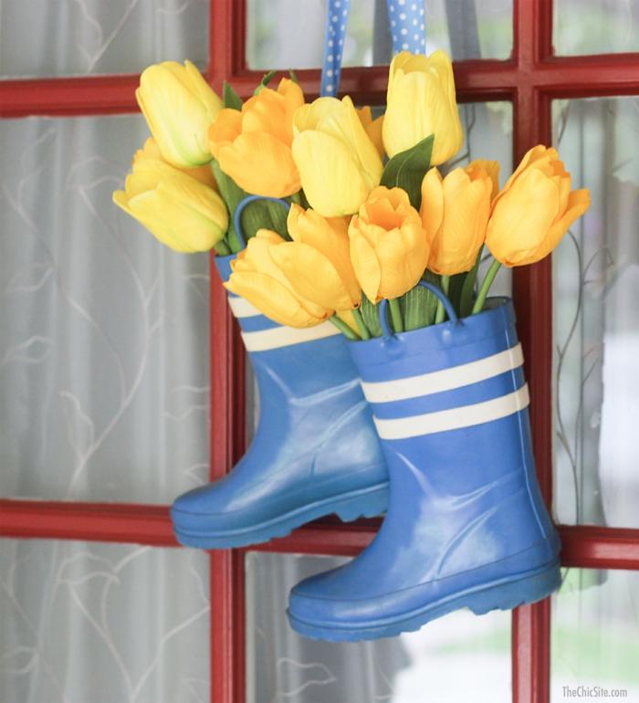 bottes de caoutchouc et tulipes activité manuelle printemps