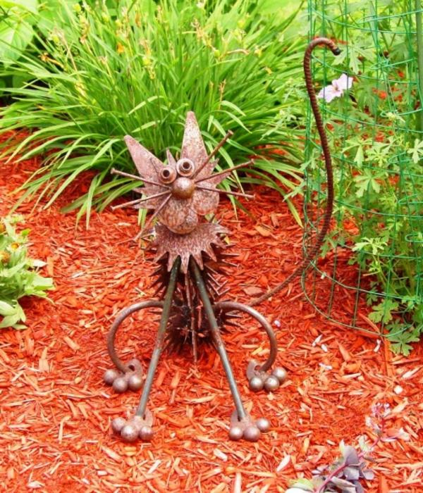 chat bricolage idée déco jardin métal rouillé
