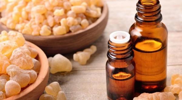comment utiliser les huiles essentielles stimulant pour la peau