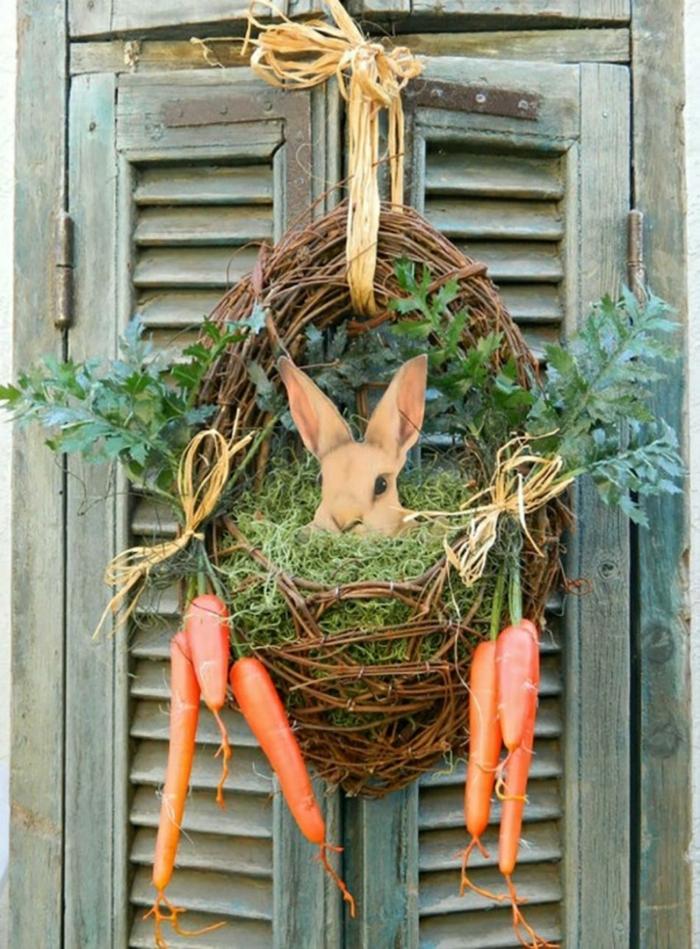 couronne de porte activité manuelle printemps avec un lapin