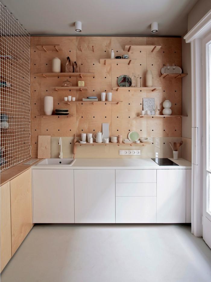 cuisine moderne déco avec pegboard