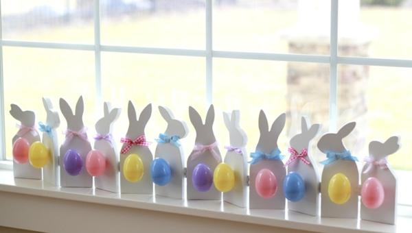 déco fenêtre pour pâques diy lapins en carton mousse