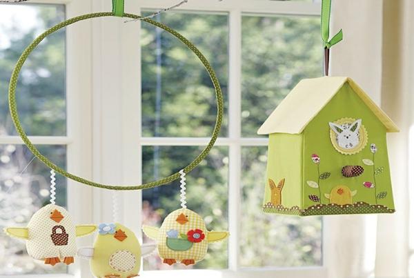 déco fenêtre pour pâques diy textile