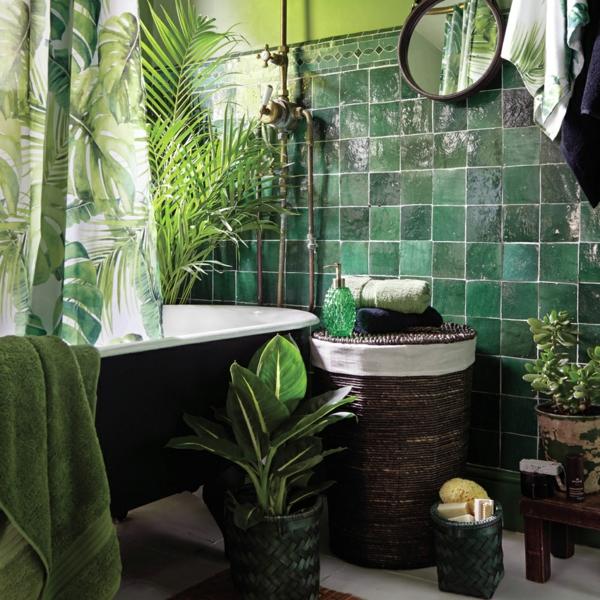 déco jungle carrelage vert salle de bains