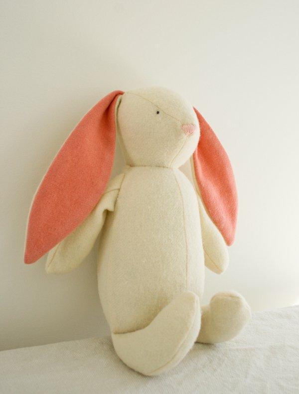diy lapin de pâques en laine feutrée