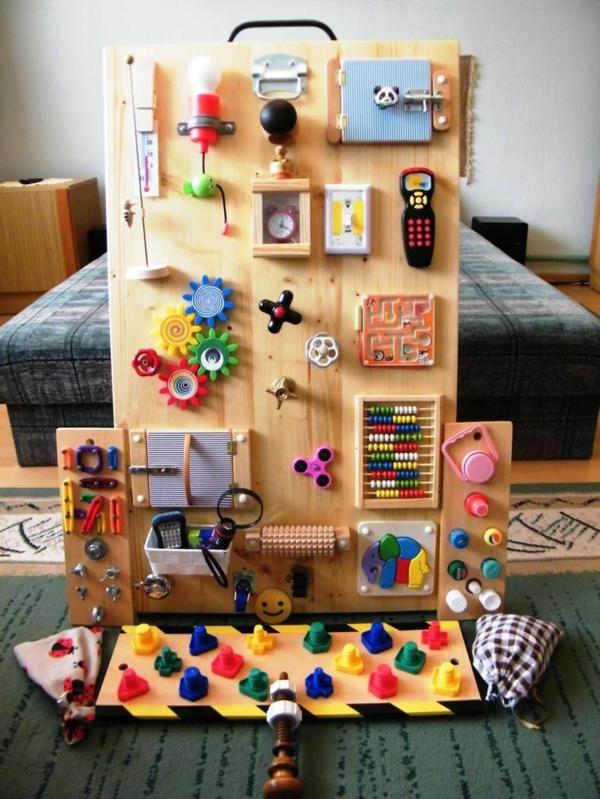 diy panneau sensoriel ludique montessori