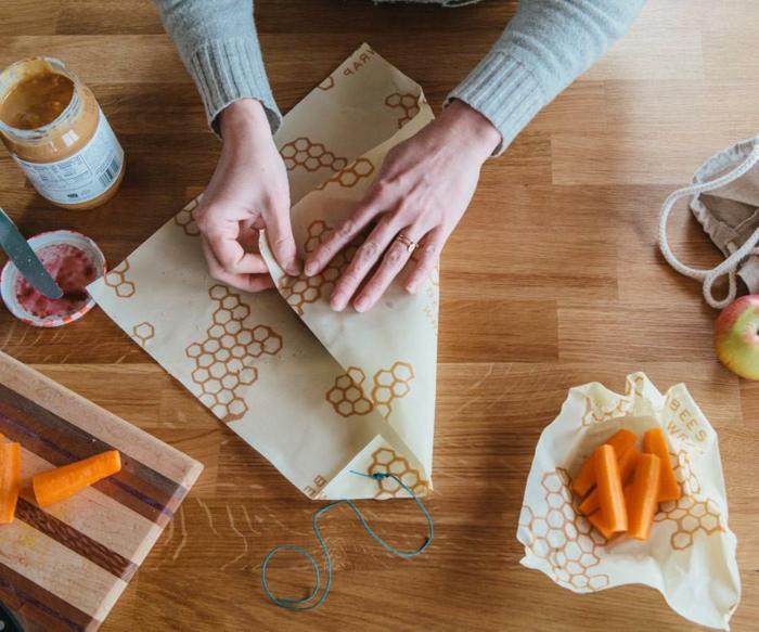 emballage sandwich film alimentaire lavable diy à la cire d'abeille et coton