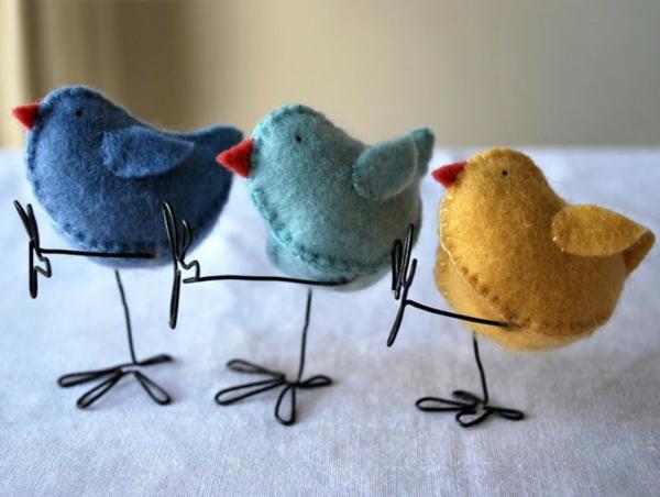 idée activité manuelle pâques diy oiseaux en feutrine