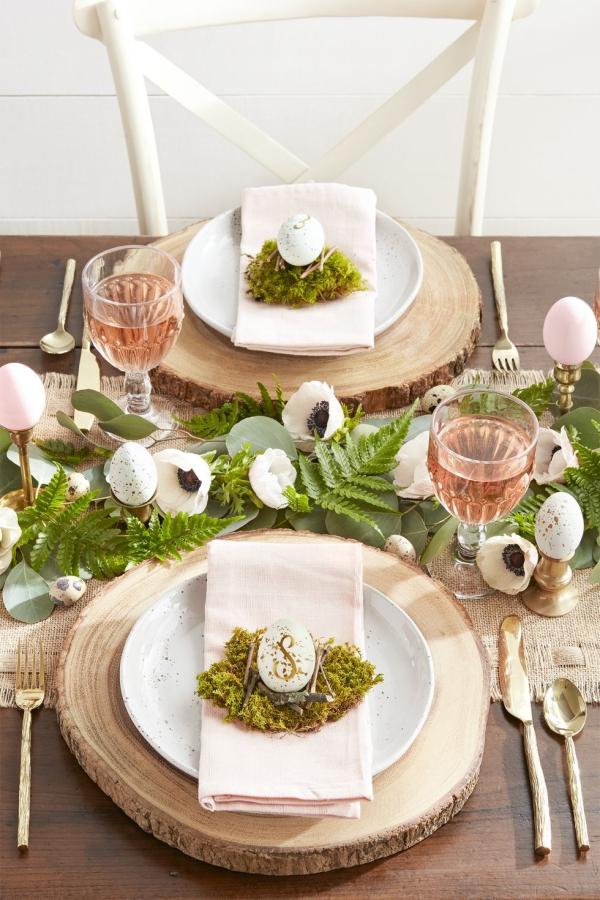 idée déco balcon pour Pâques pour les invités