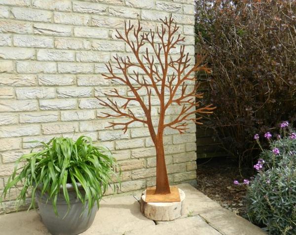idée déco jardin métal rouillé arbre décoratif