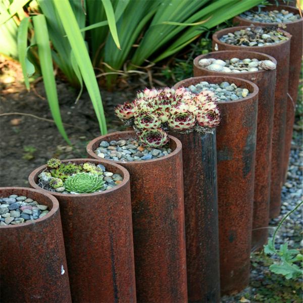 idée déco jardin métal rouillé contenants de plantes acier corten