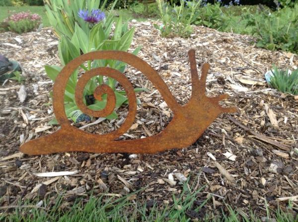 idée déco jardin métal rouillé escargot