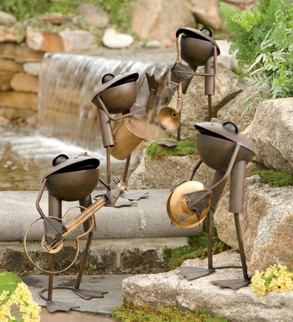 idée déco jardin métal rouillé grenouilles
