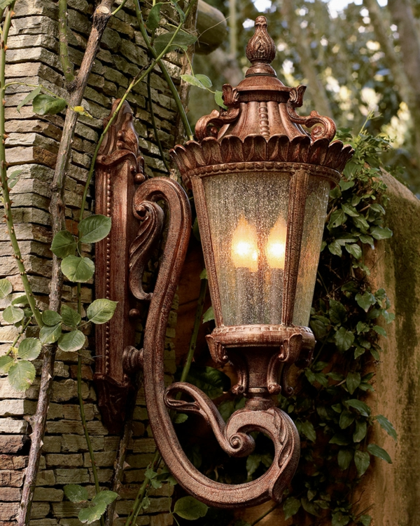 idée déco jardin métal rouillé lampe vintage
