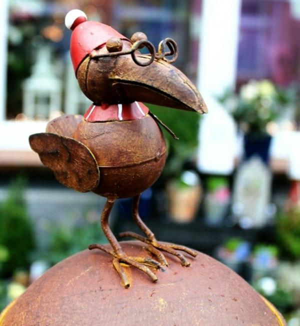 idée déco jardin métal rouillé oiseau