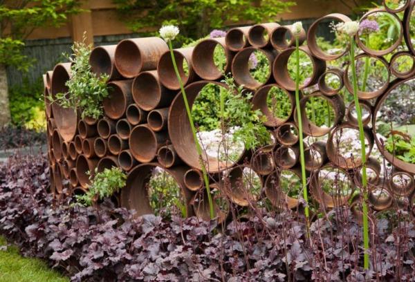 idée déco jardin métal rouillé plate-bande