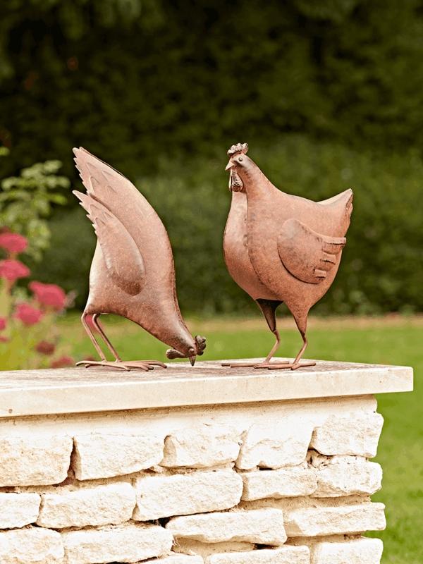idée déco jardin métal rouillé poules