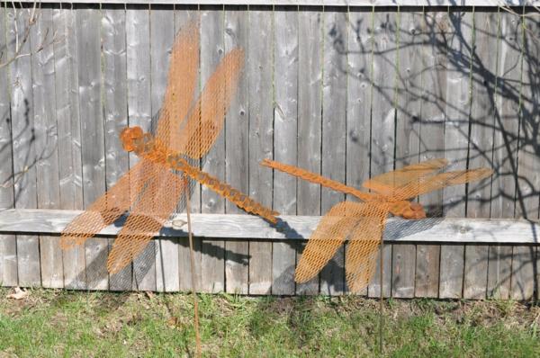 libellules idée déco jardin métal rouillé