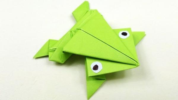 origami fleurs et animaux de printemps la grenouille
