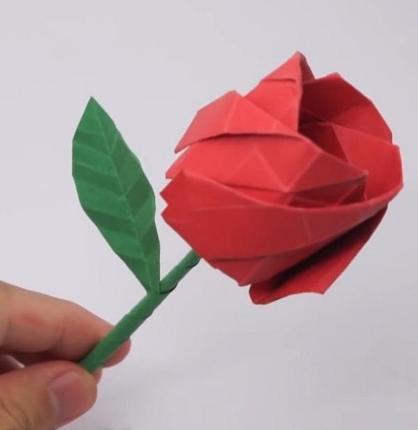 origami fleurs et animaux de printemps rose rouge