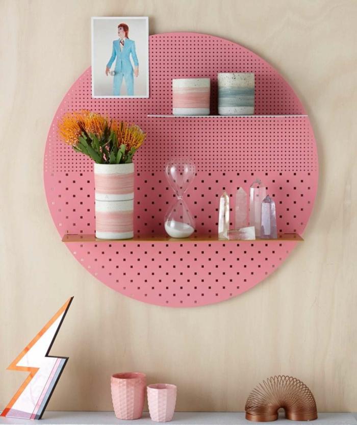 pegboard en forme ronde couleur rose
