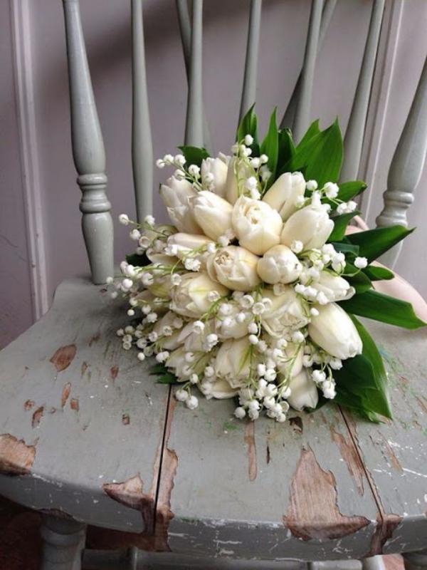 planter du muguet bouquet tulipes et muguets