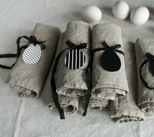pliage serviette pâques étiquette