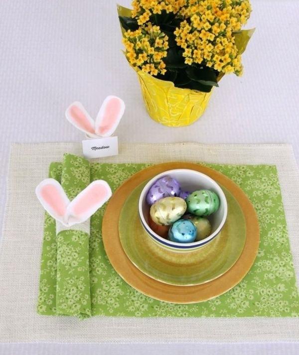 pliage serviette pâques anneau diy oreilles de lapin