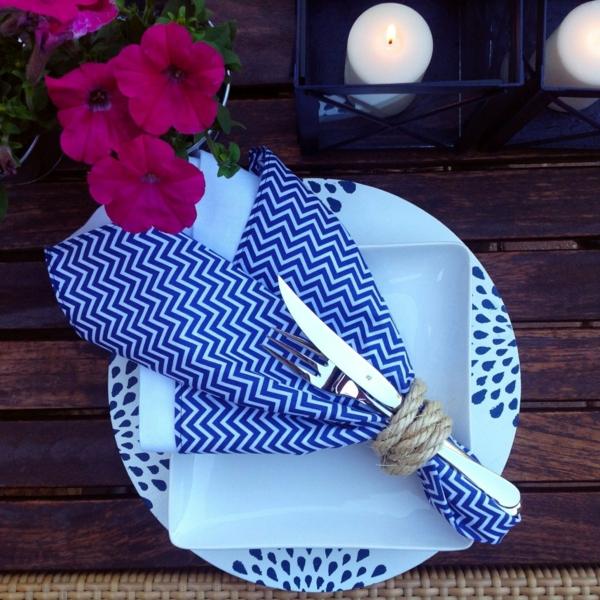 pliage serviette pâques anneau en corde