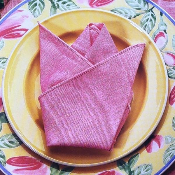 pliage serviette pâques forme de fleur