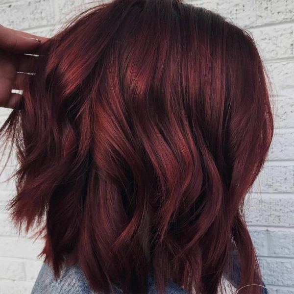 tendance couleur cheveux printemps 2019 couleur bordeaux