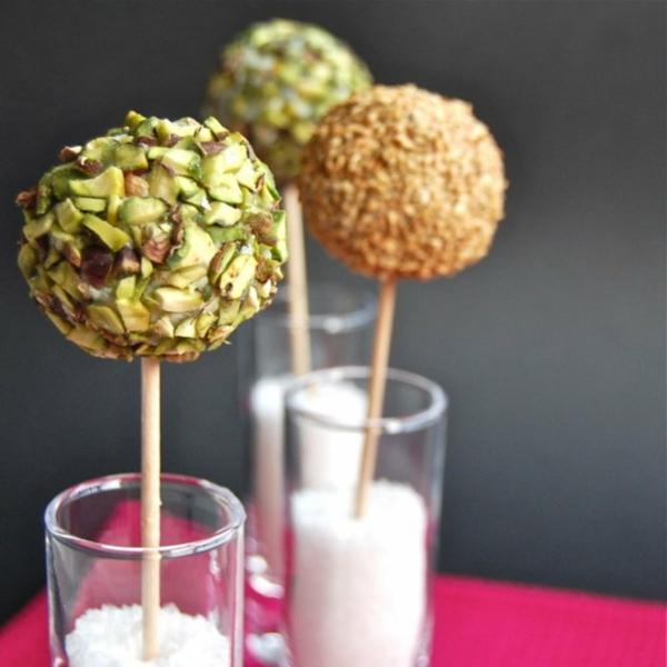 Brochette apéro - 70 idées de recettes qui mettent de l'eau à la bouche cacaouette fromage Roquefort raisins