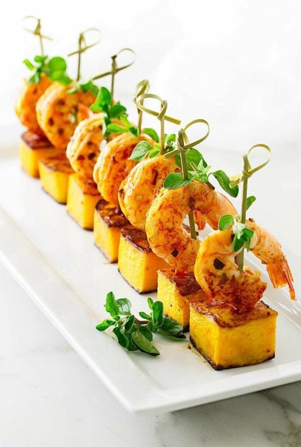 Brochette apéro - 70 idées de recettes qui mettent de l'eau crevettes à l'ail et au beurre d'arachide paprika