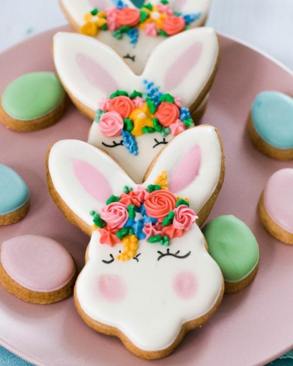 Pâtisserie lapin de Pâques - recettes faciles et beaucoup d'idées glaçage biscuit lapin pâques